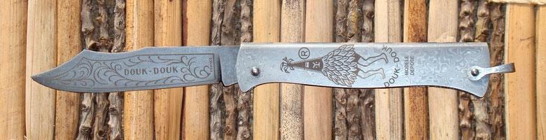 Nůž značky Douk-douk